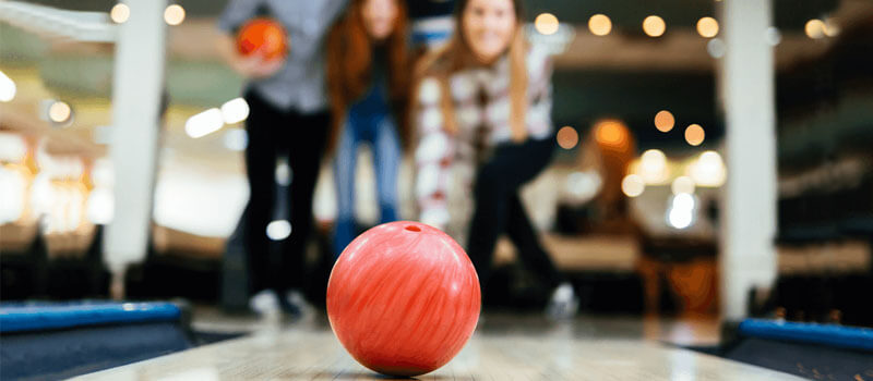 How to Choose a Bowling Ball: A Guide for Beginners
