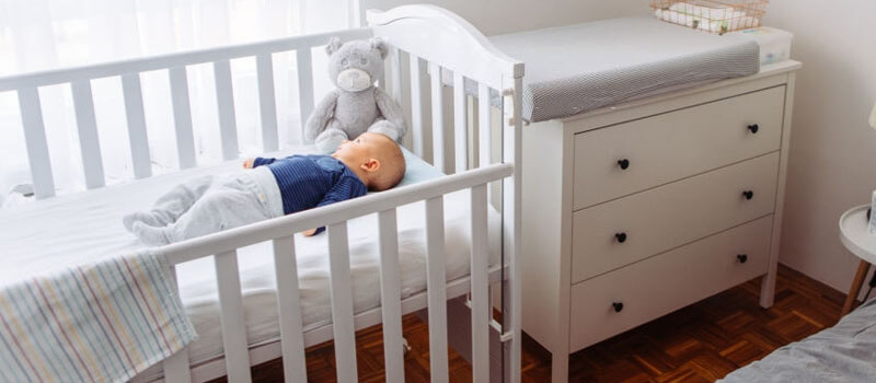 Best Mini Cribs of 2020 – Reviews & Complete Buying Guide