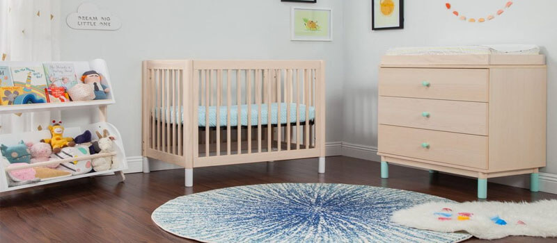 How To Choose The Right Mini Crib | Temper and Tantrum